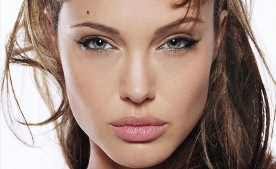 angelina jolie cleopatra movie. Angelina Jolie has a new movie